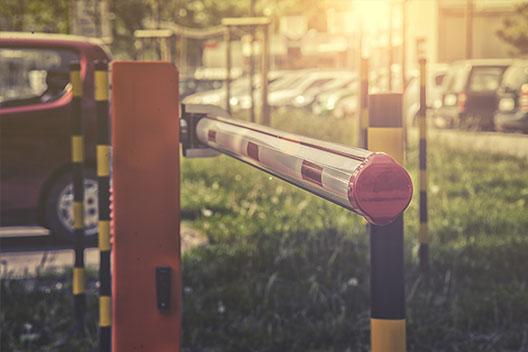 שערים חשמליים | רוטנשטיין חוסם 077-7907800 שער חשמלי מתרומם לחנייה בחירת צבעים